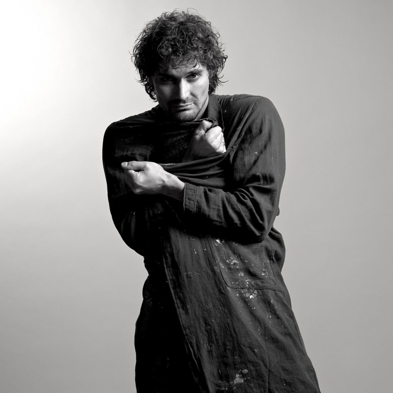 Денис Гардари, художник, искусствовед